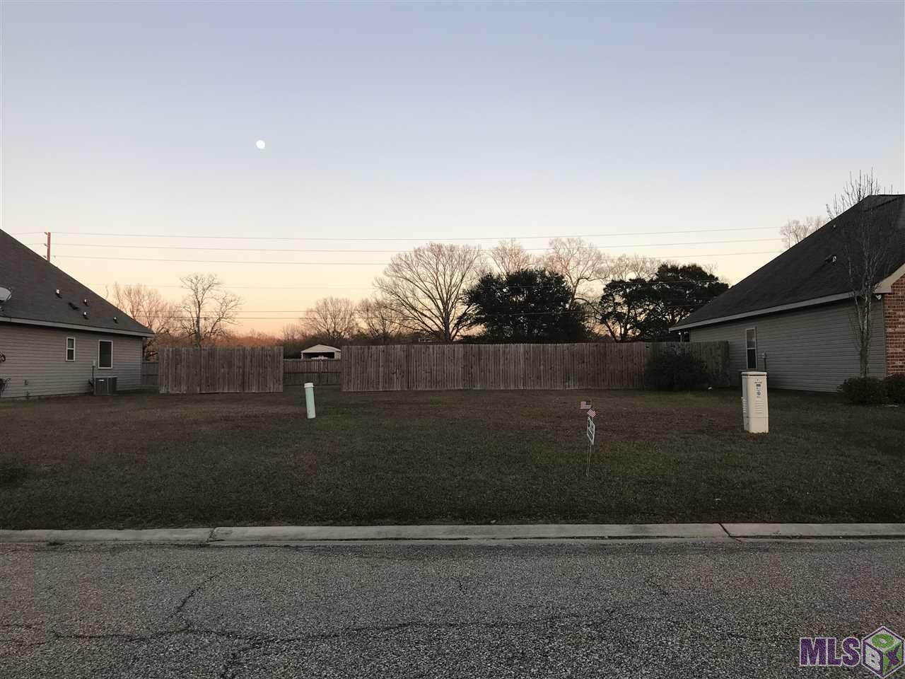 44124 Sterling Dr - Photo 1