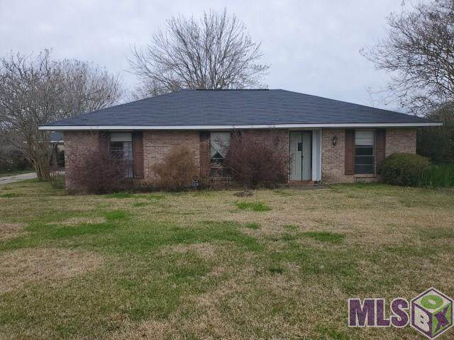 2250 Live Oak, Brusly, LA 70719 (#2020002632) :: The W Group with Berkshire Hathaway HomeServices United Properties