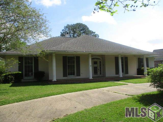 12019 Lake Sherwood Ave, Baton Rouge, LA 70816 (#2020005192) :: Smart Move Real Estate