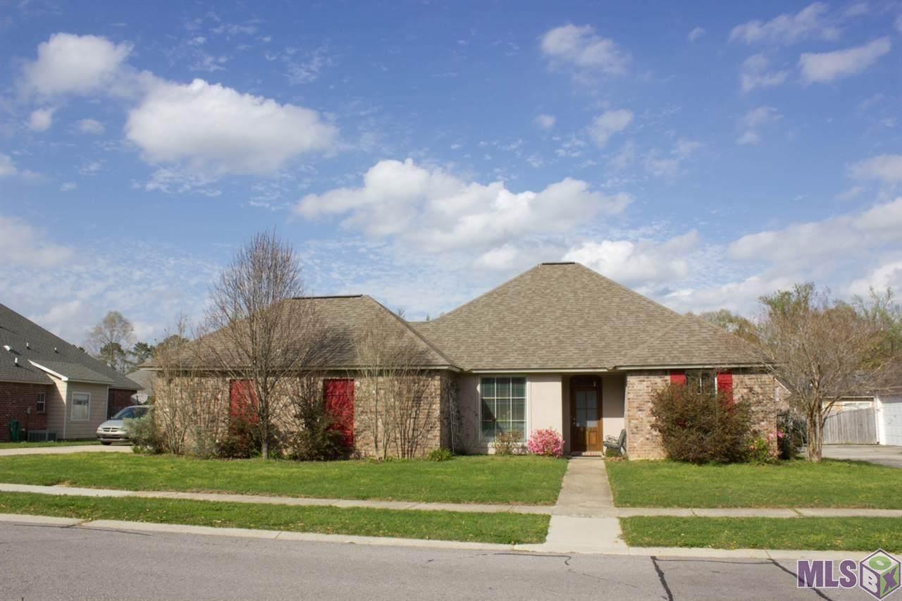 9107 Worthington Lake Ave - Photo 1
