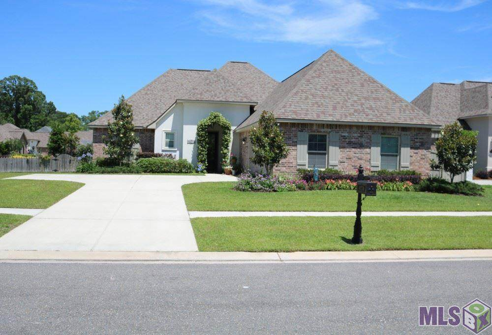 18252 Old Trail Dr - Photo 1