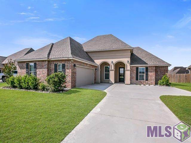 4031 Sandbar Dr, Addis, LA 70710 (#2020007383) :: The W Group with Keller Williams Realty Greater Baton Rouge
