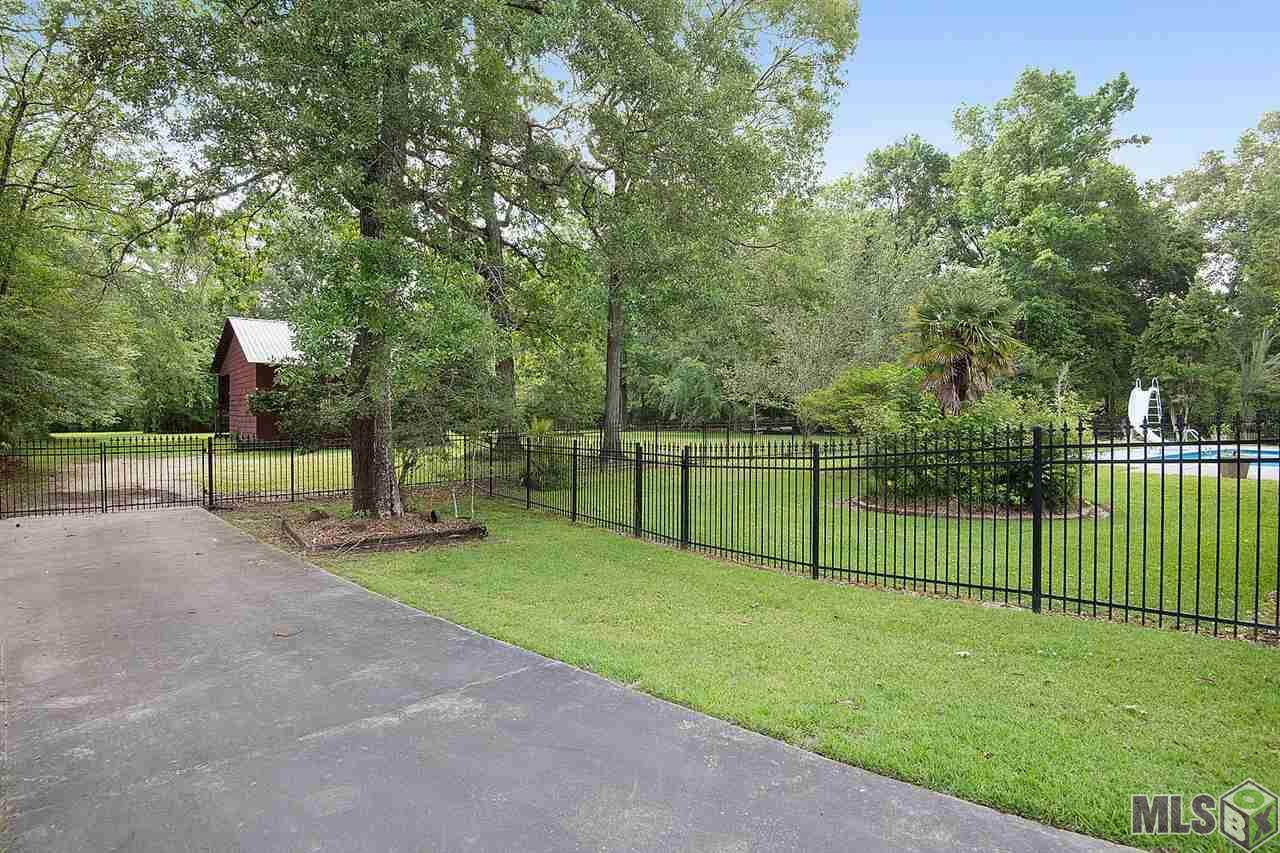 7221 Frontier Dr - Photo 1