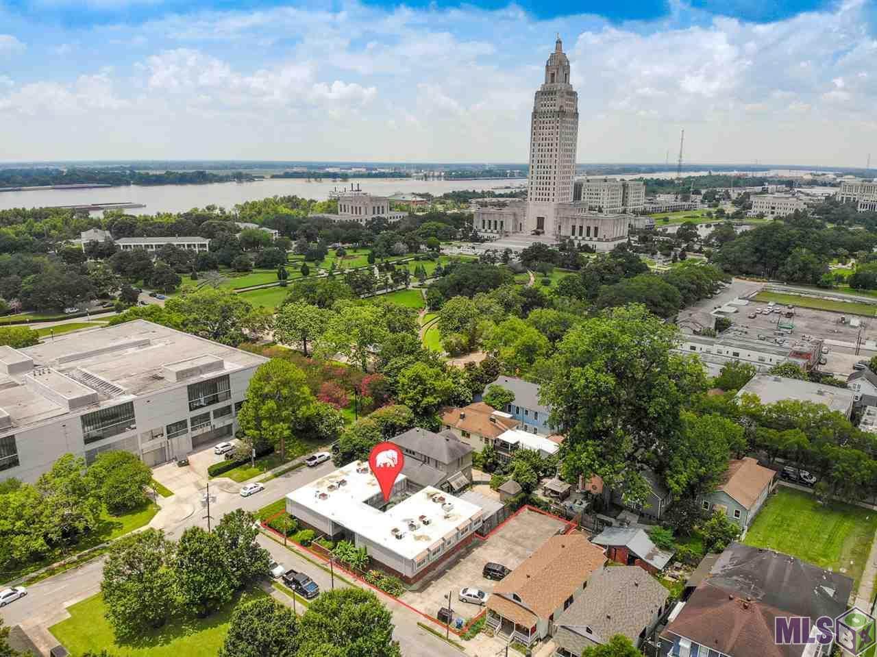 505 University Walk - Photo 1