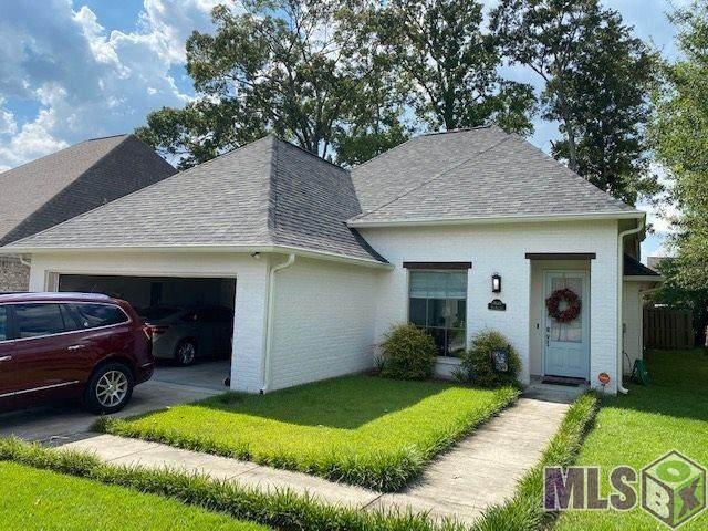 17687 Doc Bar Ave, Baton Rouge, LA 70817 (#2020013366) :: David Landry Real Estate