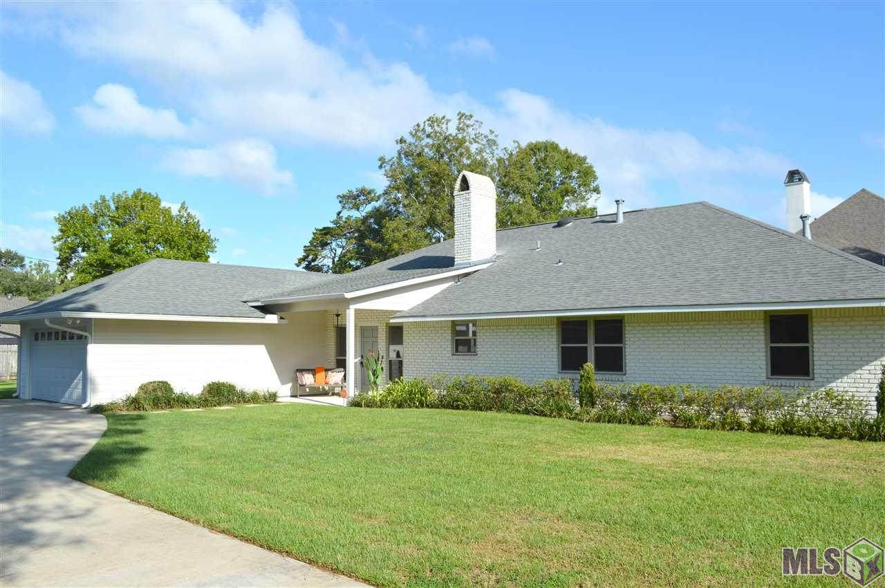 4820 Cottage Hill Dr - Photo 1