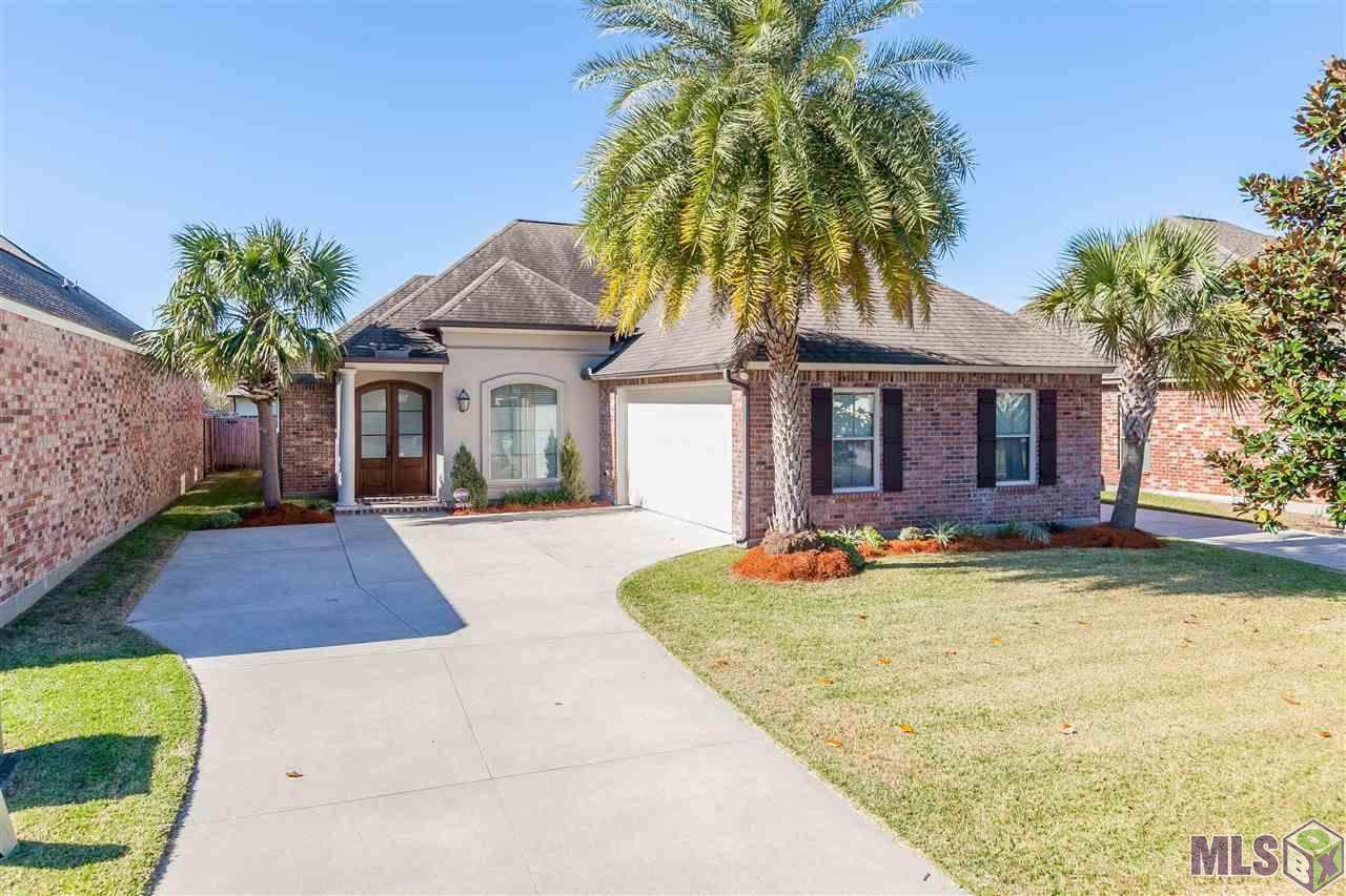 10415 Hill Pointe Ave - Photo 1