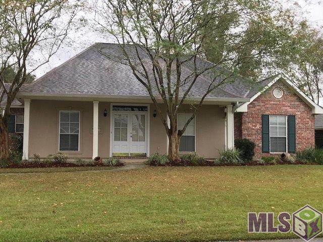36449 Manchac Crossing Ave, Prairieville, LA 70769 (#2020018344) :: Patton Brantley Realty Group