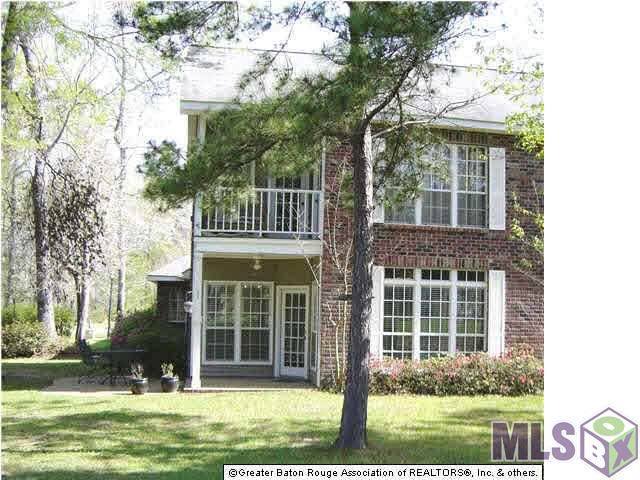 6076 Beechgrove Ln, St Francisville, LA 70775 (#2020018801) :: The W Group