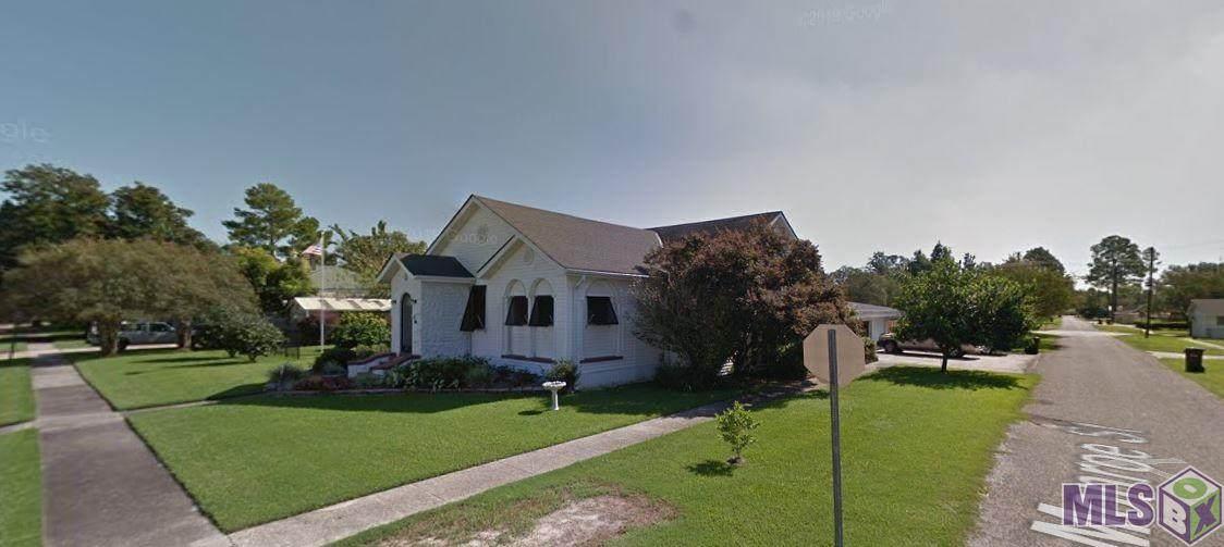 211 Church St - Photo 1