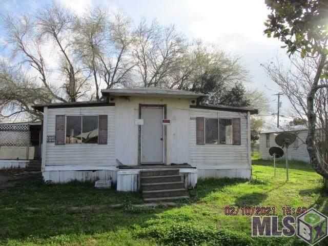8225 Tuscaloosa Ave, Port Allen, LA 70767 (#2021002139) :: Smart Move Real Estate