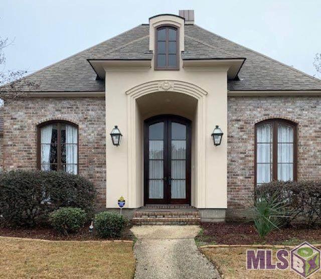 10314 Chestnut Oak Dr, Baton Rouge, LA 70809 (#2021002964) :: Smart Move Real Estate