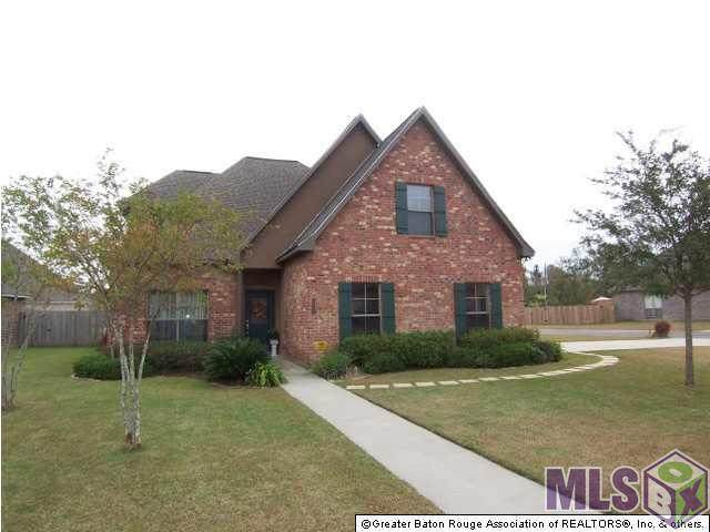 12038 Central Park Dr, Geismar, LA 70734 (#2021006218) :: Smart Move Real Estate