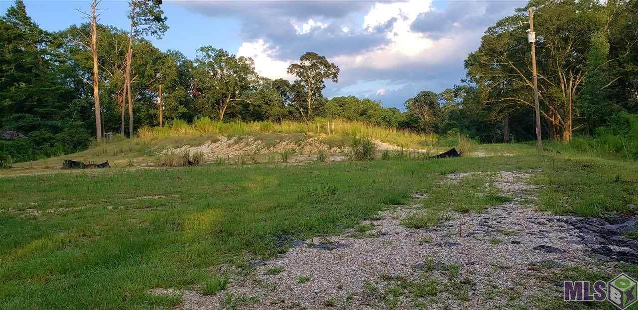 945 River Rd - Photo 1