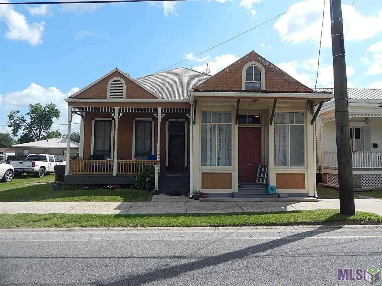 608 Mississippi St - Photo 1
