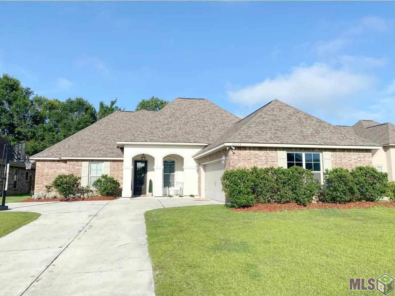18053 Old Trail Dr - Photo 1