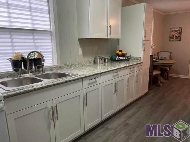 1122 N Coolidge Ave, Gonzales, LA 70737 (#2021015161) :: David Landry Real Estate