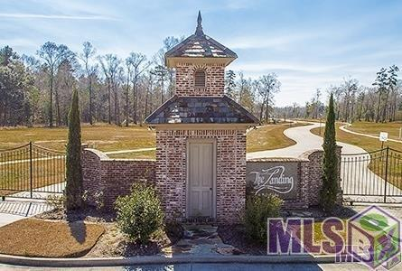 10505 Manchac Pass, Baton Rouge, LA 70817 (#2016016447) :: Patton Brantley Realty Group