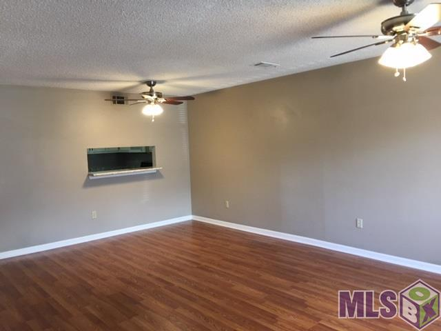 155 Marilyn Dr 44D, Baton Rouge, LA 70815 (#2018002478) :: South La Home Sales Team @ Berkshire Hathaway Homeservices