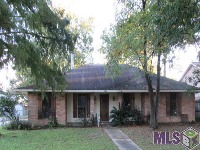 13641 House Of Lancaster Dr, Baton Rouge, LA 70816 (#2018018321) :: Smart Move Real Estate