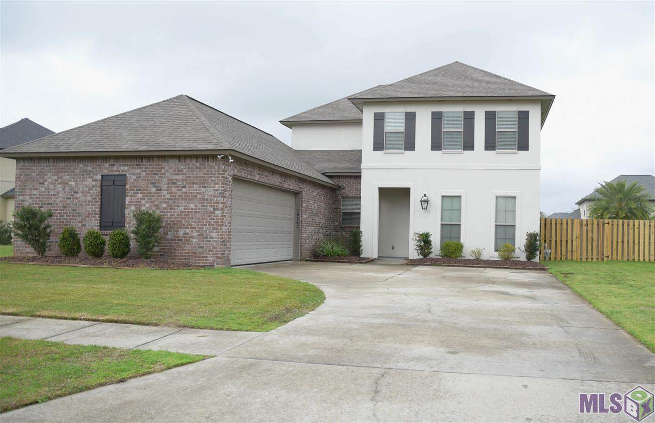 18642 Lake Harbor Ln - Photo 1