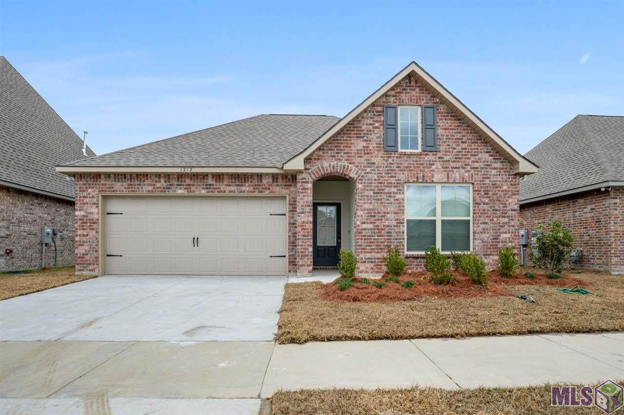 1212 Shadow Bluff Dr - Photo 1