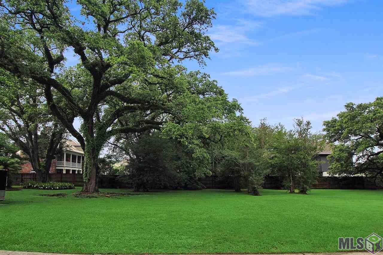 2222 Idle Oaks Dr - Photo 1