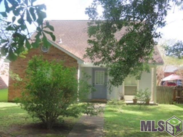 17061 Strain Rd, Baton Rouge, LA 70816 (#2021012146) :: RE/MAX Properties