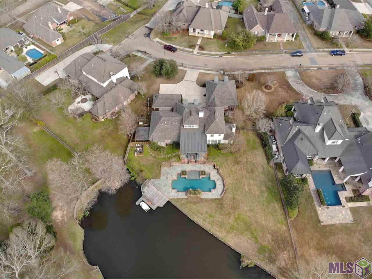 12520 Lake Estates Ave - Photo 1