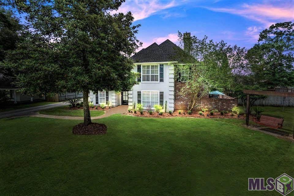 17916 Magnolia Bend Rd - Photo 1