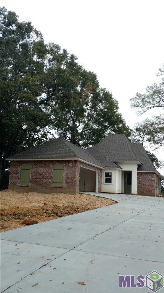 24070 Patricia Dr, Springfield, LA 70462 (#2018008264) :: Patton Brantley Realty Group
