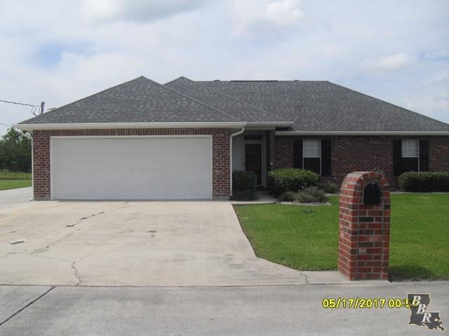 220 Country Village Drive, RACELAND, LA 70394 (MLS #125581) :: Pogo Realty, LLC
