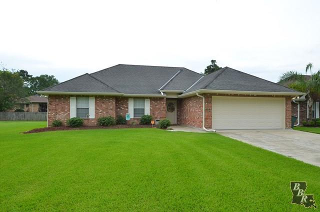 519 Oakwood Drive, HOUMA, LA 70363 (MLS #125930) :: Pogo Realty, LLC