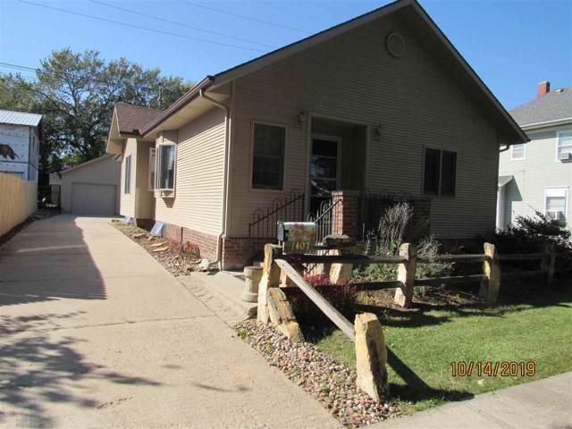 1407 N Denver, Hastings, NE 68901 (MLS #20195062) :: Berkshire Hathaway HomeServices Da-Ly Realty