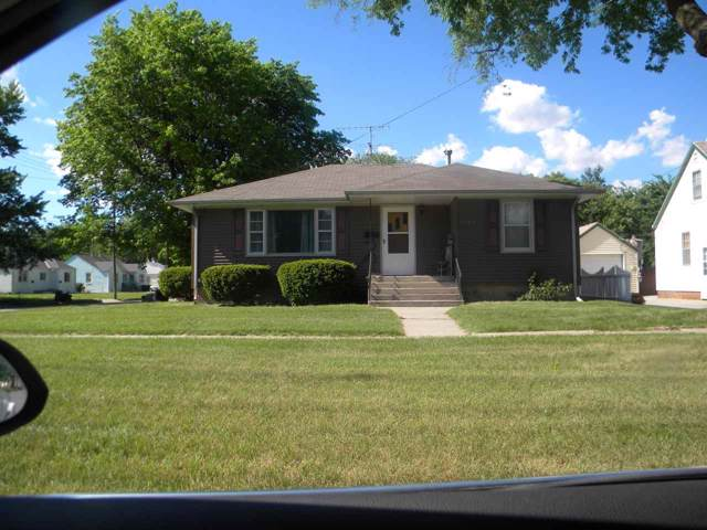 1022 W 11th Street, Hastings, NE 68901 (MLS #20195129) :: Berkshire Hathaway HomeServices Da-Ly Realty