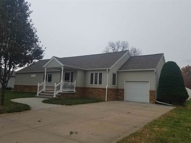1226 Academy Avenue, Hastings, NE 68901 (MLS #20195161) :: Berkshire Hathaway HomeServices Da-Ly Realty
