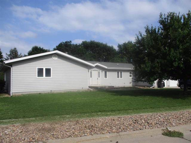 921 West Avenue, Gibbon, NE 68840 (MLS #23133) :: Berkshire Hathaway HomeServices Da-Ly Realty