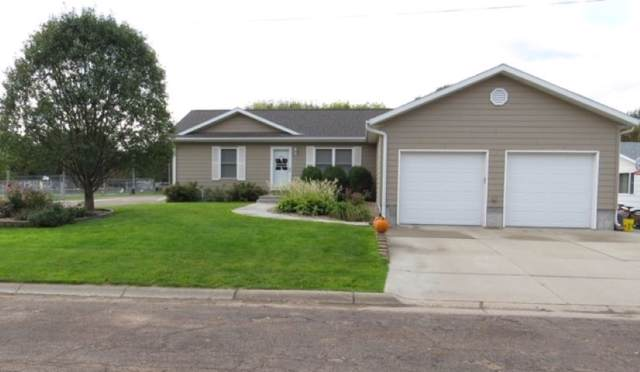 105 W Anita Lane, Elm Creek, NE 68836 (MLS #20195207) :: Berkshire Hathaway HomeServices Da-Ly Realty