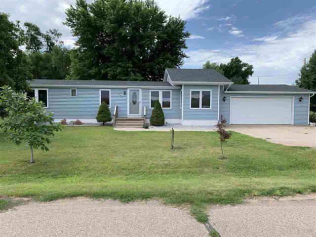 602 E Ayers Street, Shelton, NE 68876 (MLS #23007) :: Berkshire Hathaway HomeServices Da-Ly Realty