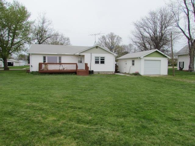 204 E Lincoln Avenue, Amherst, NE 68812 (MLS #22751) :: Berkshire Hathaway HomeServices Da-Ly Realty