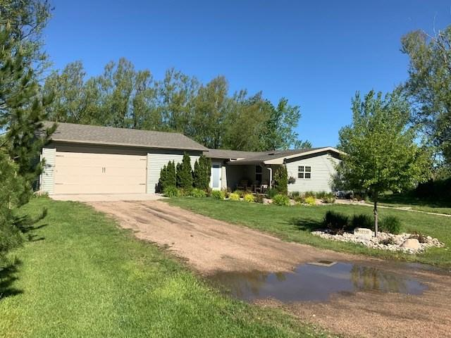 1196 62nd Avenue, Kearney, NE 68845 (MLS #22844) :: Berkshire Hathaway HomeServices Da-Ly Realty