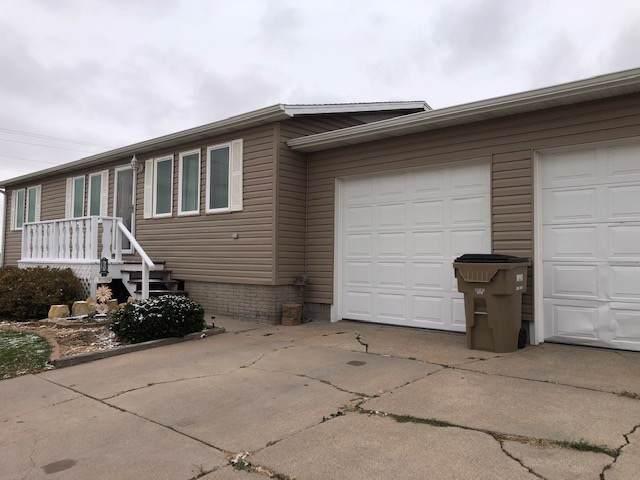 601 5th Street, Gibbon, NE 68840 (MLS #20195128) :: Berkshire Hathaway HomeServices Da-Ly Realty