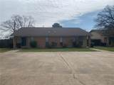 414 Brentwood - Photo 1