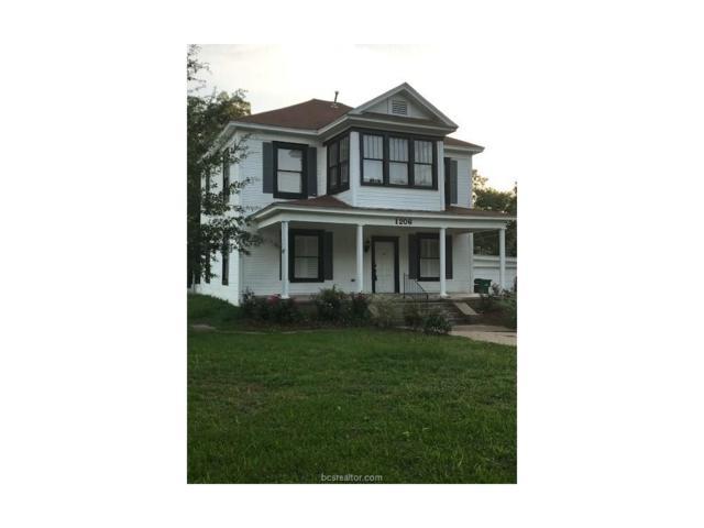 1206 Post Oak Street, Hearne, TX 77859 (MLS #17009792) :: The Traditions Realty Team