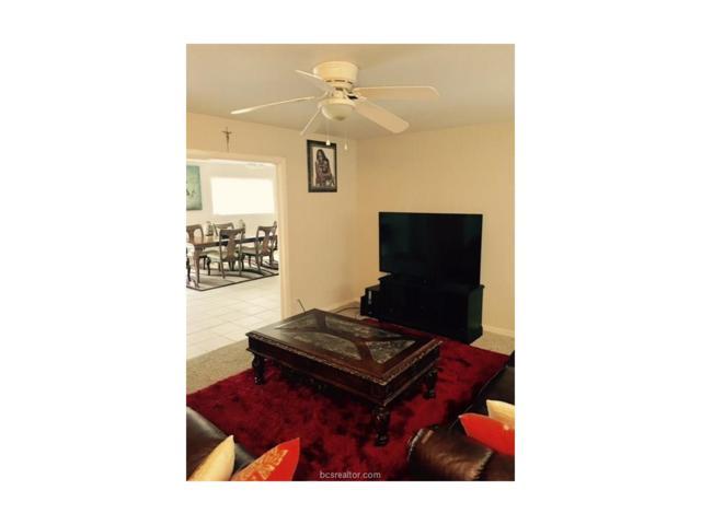 808 Vine Street, Bryan, TX 77802 (MLS #17009812) :: Cherry Ruffino Realtors