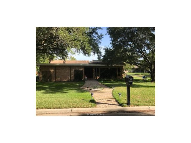 905 Ruskin Drive, Bryan, TX 77802 (MLS #17011466) :: The Tradition Group