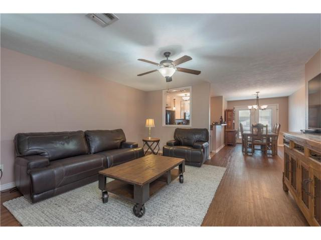 3923 Old Oaks Drive #13, Bryan, TX 77802 (MLS #17019022) :: The Tradition Group