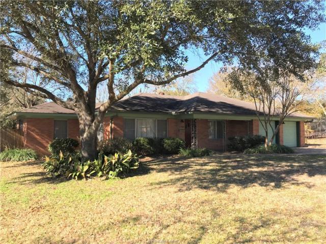 319 N Post Oak, Navasota, TX 77868 (MLS #18000541) :: Cherry Ruffino Realtors