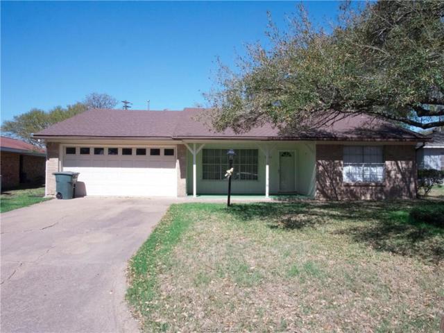 3903 Stillmeadow Drive, Bryan, TX 77802 (MLS #18005087) :: Treehouse Real Estate
