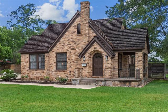 211 Pershing, College Station, TX 77840 (MLS #18009697) :: The Shellenberger Team